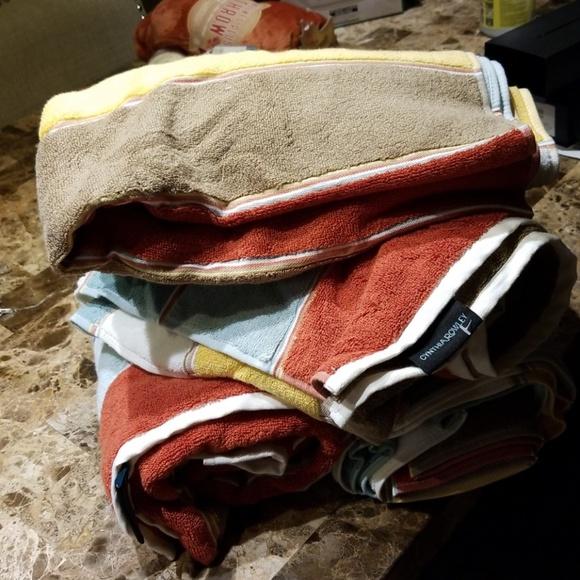 Cynthia Rowley Other Set Of 4 Brand New Bath Towels Poshmark